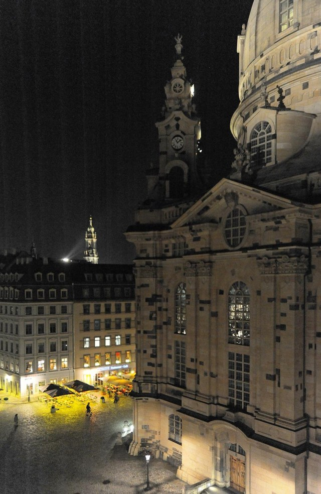Fig_06_Frauenkirche_night_Dresden_01_010709_3253_1500